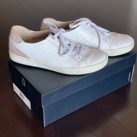 Naturalizer Womens Morrison Fashion Sneaker